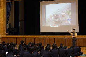 平成30年度第2学年総合的な学習の時間「富士山学」講演会が行われました