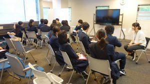 理数科1年生企業見学会が行われました