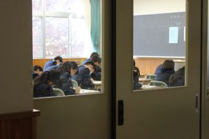 3学年後期第1回試験 1日目が始まりました